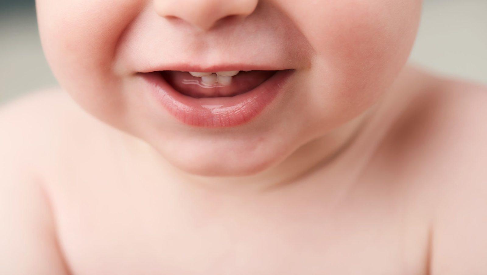 Hygiène bucco-dentaire de bébé : bonnes habitudes et conseils | Bébé M