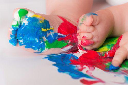 Bébé peinture à doigts | Bébé M